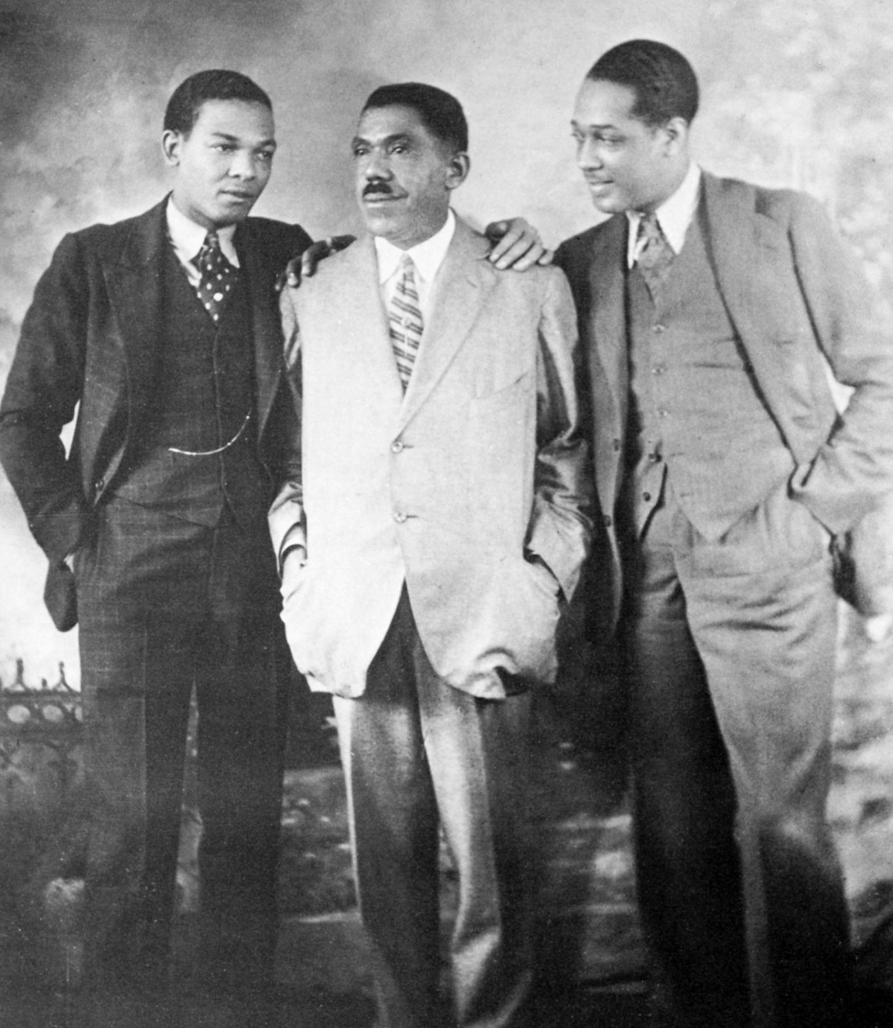 p.37, Fred Guy, James E. Ellington & Duke Ellington, X, Coll Philippe Baudoin