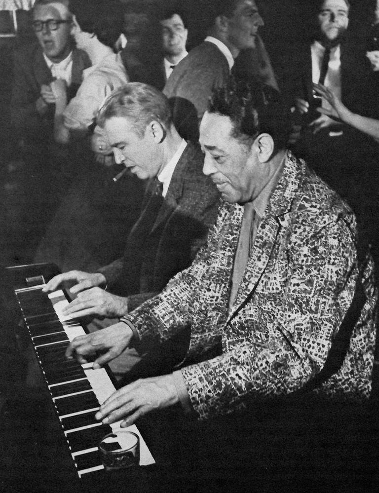 p. 211, Quatre mains avec Jimmy Stewart: photo de plateau du film Autopsie d'un Meurtre, 1959, X, Coll. Christian Bonnet