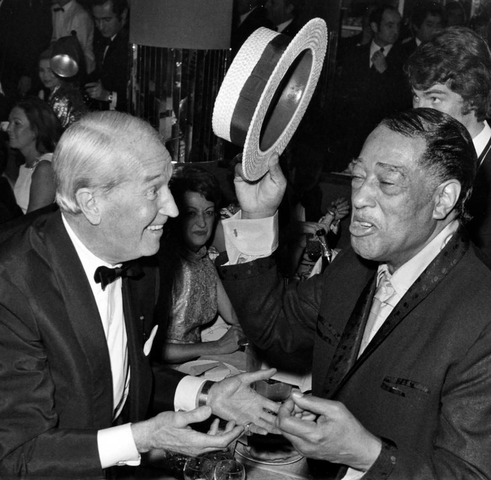 Duke & Maurice Chevalier. Anniversaire des 70 ans à l'Alcazar Paris France. 20 nov 1969