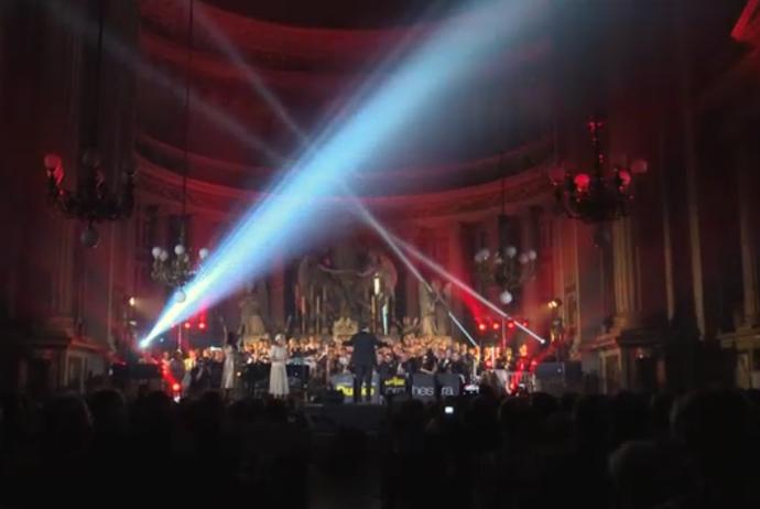 concert-DESC
