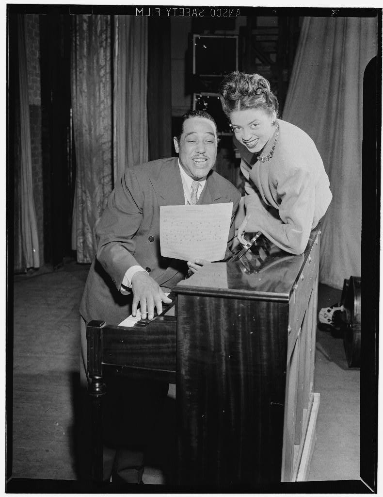 gottlieb_DE Howard Theater Washington June 1946_2